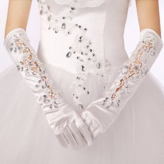 Длинные атласные свадебные перчатки с декором