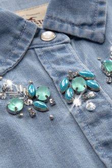 Украшение джинсовой рубашки