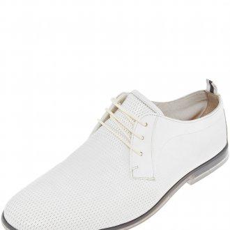 Мужские белые туфли с перфорацией