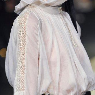 Блузка с кружевом 2018