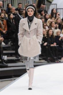 Пальто Chanel 2018