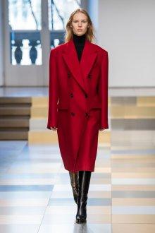 Пальто красное оверсайз 2018