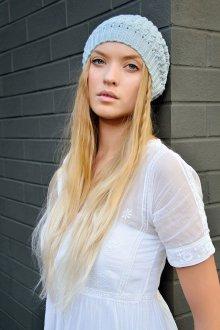 Модная вязаная шапка 2018