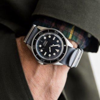 Мужские часы с компасом 2020