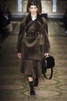 Черная модная сумка 2021