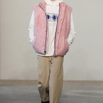 Розовый мужской пуховик 2019