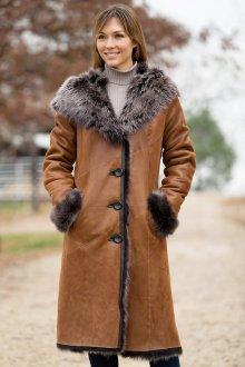 Модная коричневая дубленка из тосканы