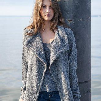 Короткое пальто из альпаки