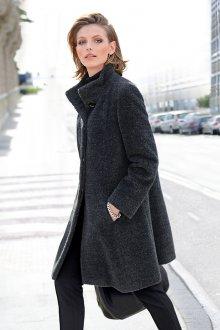 Пальто из альпаки серое