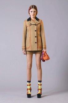 Пальто с кожаным воротником