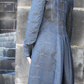 Джинсовое пальто с декором