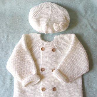 Белое пальто для девочки