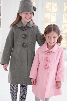 Розовое пальто для девочки