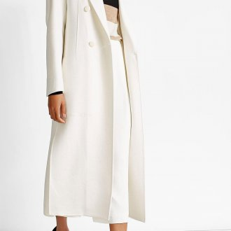 Белое кашемировое пальто