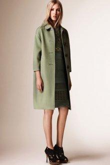 Зеленое кашемировое пальто