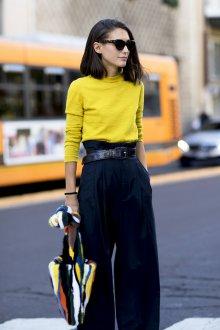 Свободные брюки с высокой талией