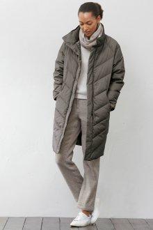 Длинная куртка с воротником стойкой