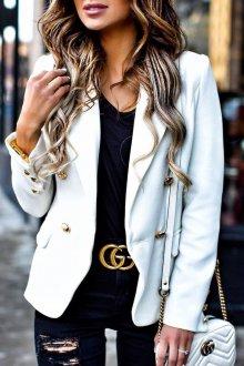 Белая куртка пиджак