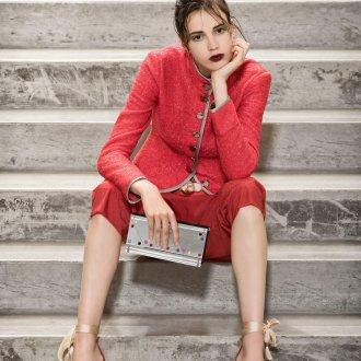 Красный пиджак с отделкой