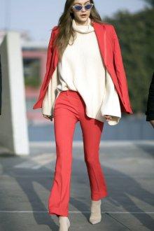 Красный пиджак приталенный