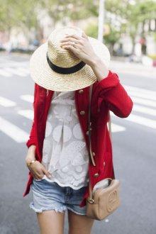 Красный пиджак трикотажный