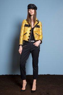 Короткий желтый пиджак