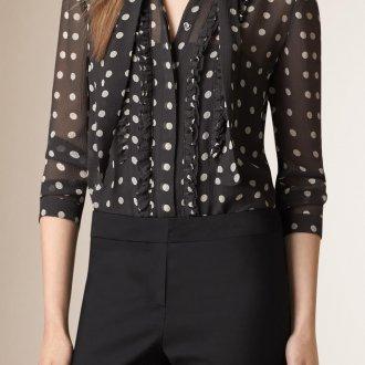 Черная рубашка женская в горошек