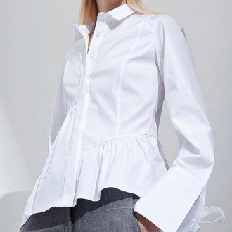 Женская белая рубашка с баской