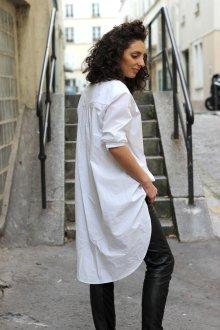 Женская белая рубашка длинная
