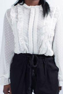 Женская белая рубашка с воланами