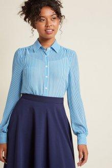 Голубая офисная блузка