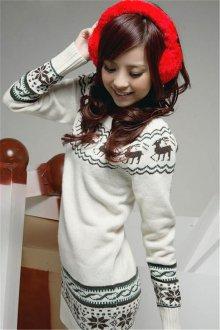 Длинный свитер с оленями