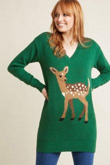 Зеленый свитер с оленями