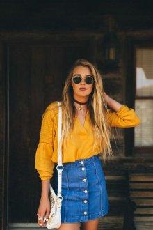 Желтая блузка в стиле этно