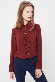 Бордовая блузка с жабо