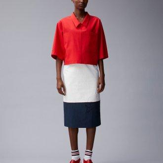 Красная блузка рубашка