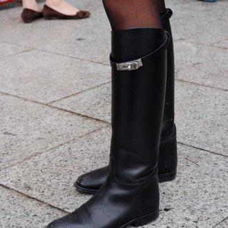 Черные сапоги кожаные