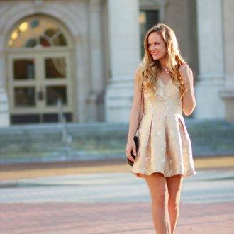 Новогоднее платье светлое