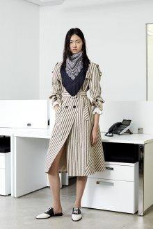 Шелковый шарф с бахромой