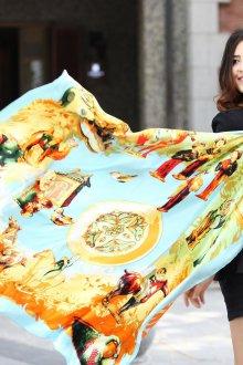 Шелковый шарф палантин