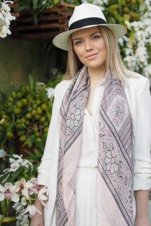 Шелковый шарф серый