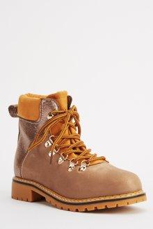 Желтые ботинки с металлизированной кожей