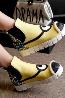 Желтые ботинки миньоны