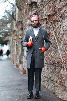 Яркие мужские перчатки