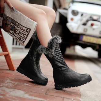 Черные ботинки с мехом