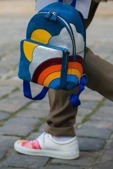 Городской рюкзак с аппликацией