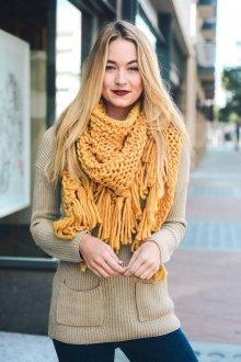 Вязаный шарф платок