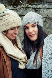 Вязаный шарф трикотажный