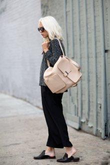 Кожаный рюкзак светлый