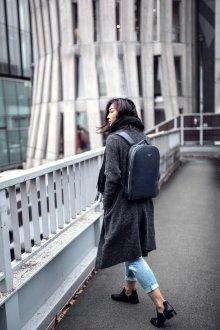 Кожаный рюкзак темный